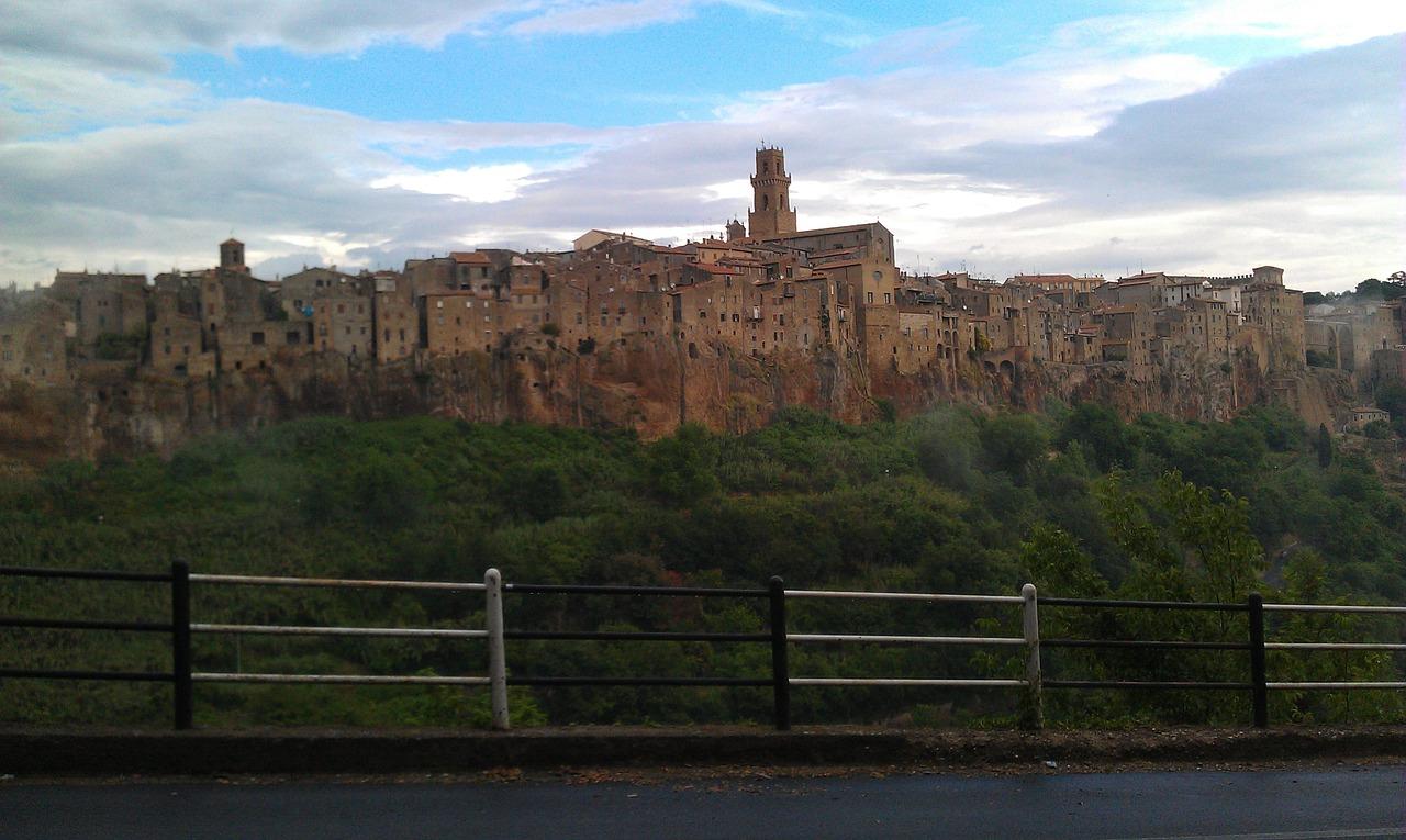 Le città del Tufo Sorano Pitigliano e Sovana